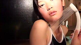 Noriko Kijima dengan banyak makeup bisa terlihat seperti Gadis Menawan