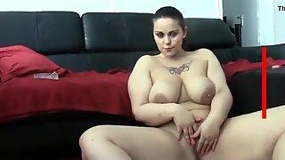 Pantat besar ingin bercinta keras - www.xmomxxvideox.com