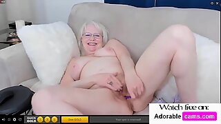 Nenek Webcam Masturbasi Solo