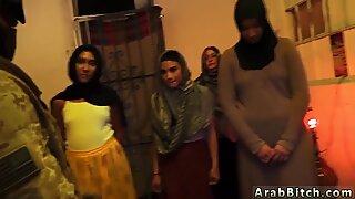 Remaja Love Anal Step dan Berbulu Memek Creampie Afgan Worherhouses!