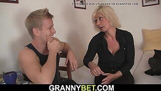 Hot old blonde gets her pussy slammed